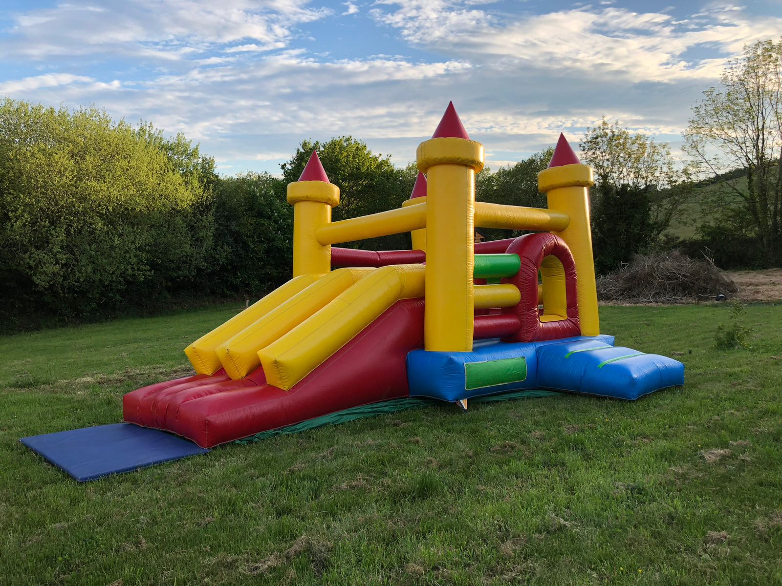 Dual Slides Castle & Obstacle Combo